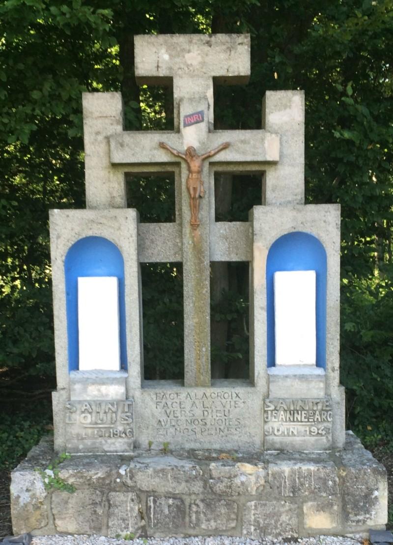 Stele du crash du LEO451 du 31 Mai 1940 à Ressons sur Matz (France – Oise)