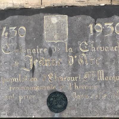 Plaque commémorative Jeanne d'Arc à Elincourt Sainte Marguerite (France – Oise)