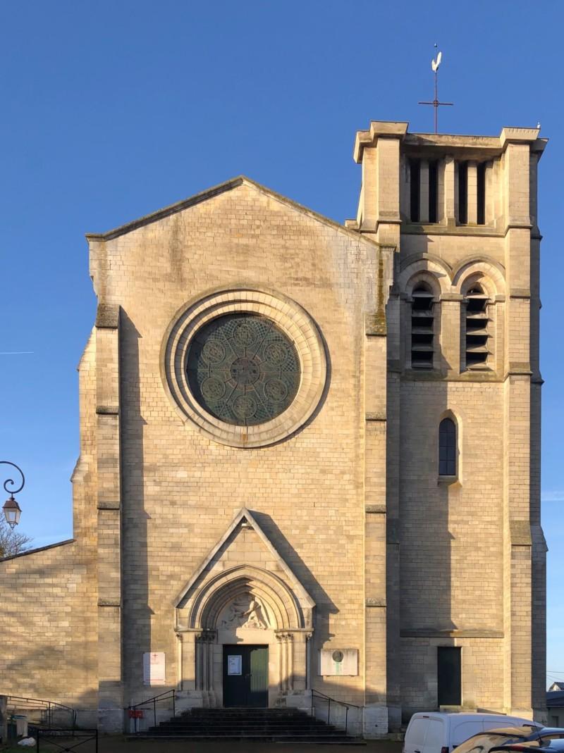 Eglise Sainte Jeanne d'Arc à Margny les Compiègne (France – Oise)