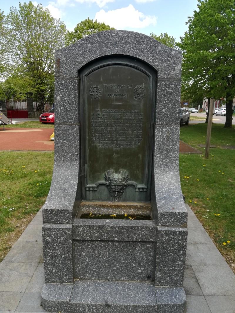 Fontaine américaine de Seicheprey (France – Meurthe et Moselle)