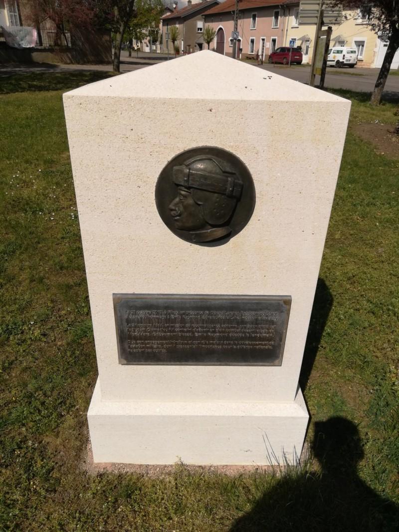 Monument hommage à Émile Reymond à Flirey (France – Meurthe et Moselle)
