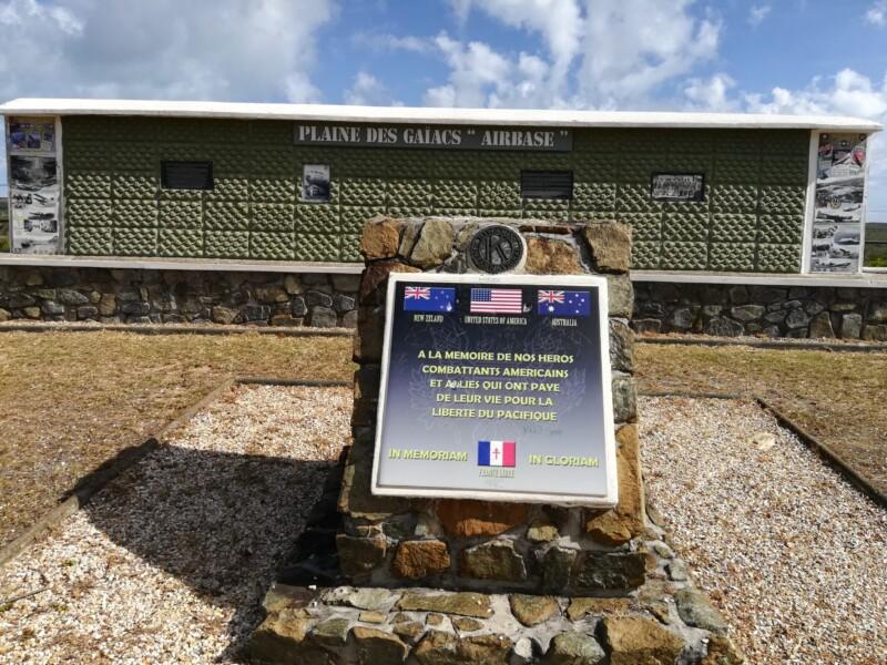 Base aérienne à la plaine des gaiacs (Nouvelle Calédonie)