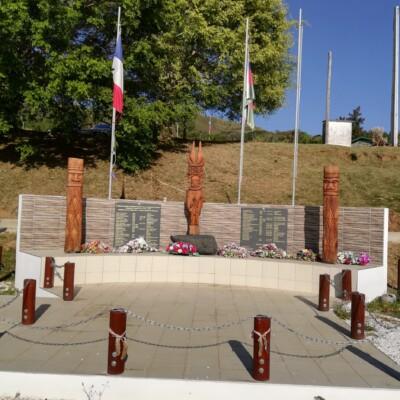 Monument des tirailleurs kanaks Pouebo
