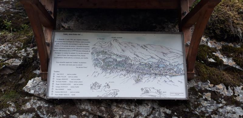 Plaque mémoriale Maquis de l'Oisans, section Porte, 20 maquisards contre un bataillon allemand à Liver et Gavet (France – Isère)