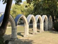 Vestige arcades du cloître des jacobins à Compiegne (France – Oise)