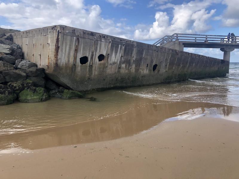 Dock RCP du Mulberry A à Vierville sur Mer (France – Calvados)